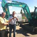 Siderius kranen bv levert eerste IHI 55N aan Visser in Wierum